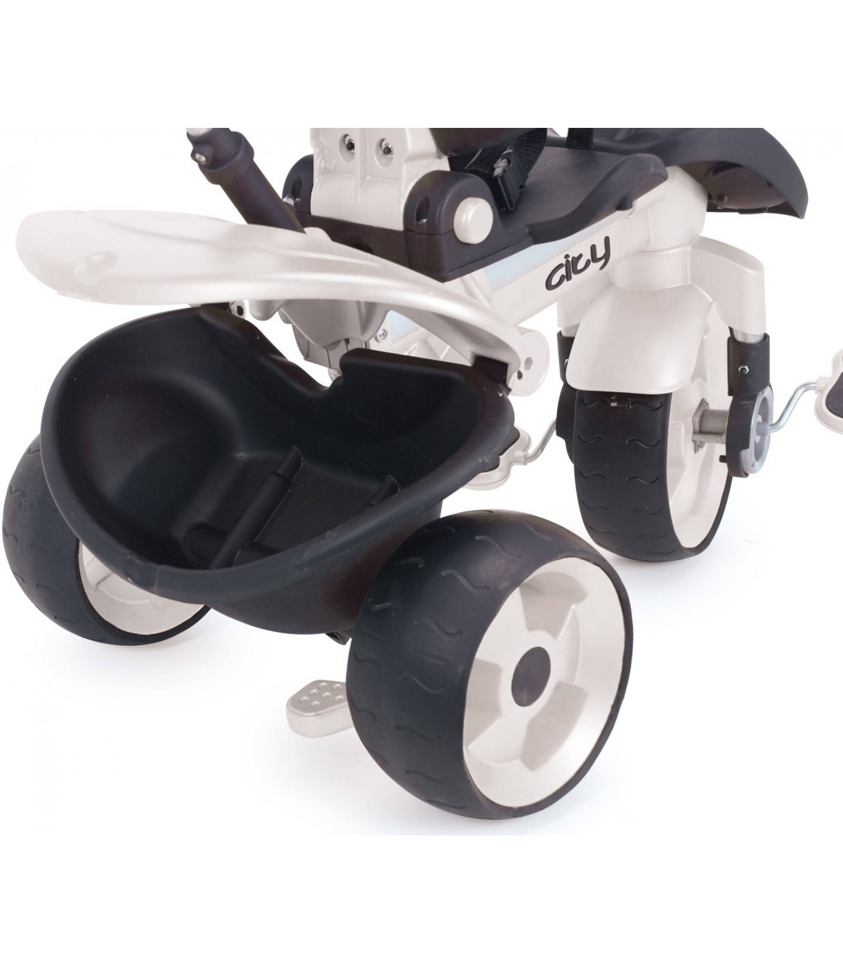 Injusa Max Tricycle in White