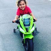 Todos los días son buenos para vivir nuevas aventuras. 🏍 . . #moto #motoeléctrica #motorbike #Kawasaki #motoKawasaki #industriajuguetera #juguetes #toys #madeinspain #Injusa